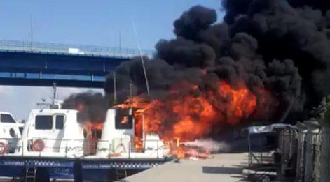 Haliç'te 'deniz taksi' yangını
