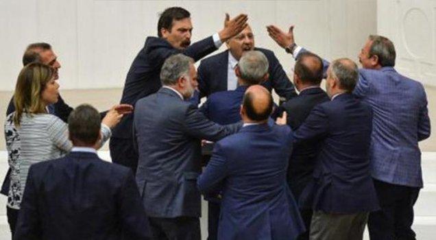 Ahmet Şık'tan AKP'lilerin saldırısıyla ilgili yeni hamle