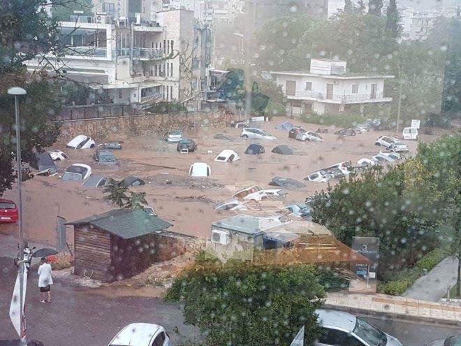Yunanistan'da felaket üstüne felaket… Şimdi de sel vurdu!