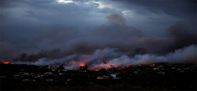 Yunanistan'daki yangın faciasının acı bilançosu artıyor