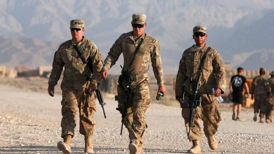 Afganistan'da NATO'ya intihar saldırısı: Çok sayıda ölü var