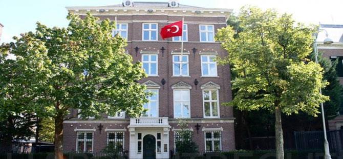 Türkiye'nin Amsterdam Başkonsolosluğu'na kundaklama girişimi