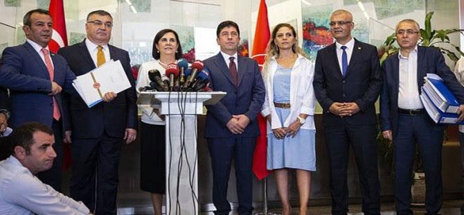 CHP'de kurultay isteyen muhalifler deklarasyon yayınlayacak!