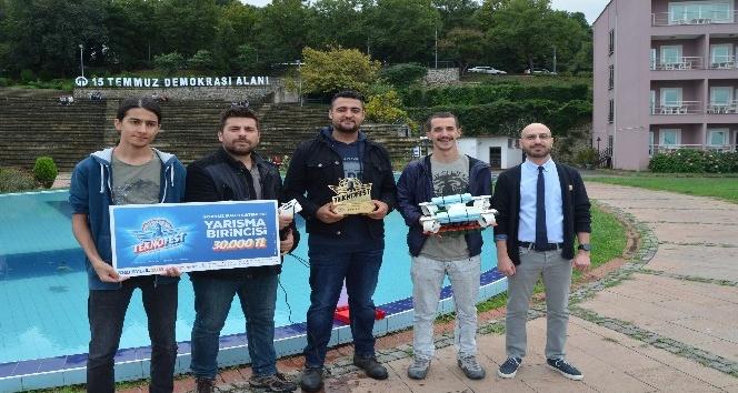 Üniversite öğrencilerinden yerli 'su altı drone'u