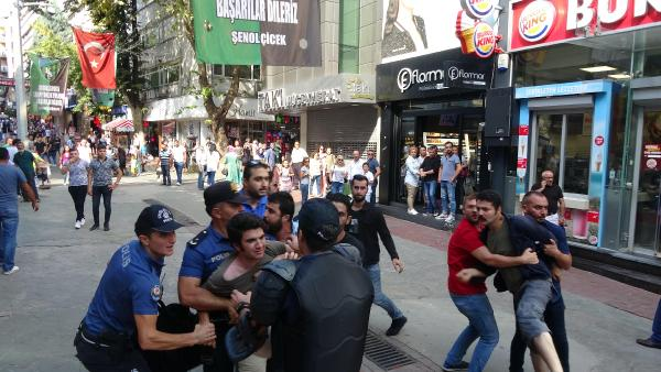İsmail Devrim için toplanan gruba polis müdahalesi: 15 gözaltı