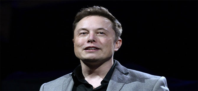 Musk Tesla'daki görevinden istifa etti!