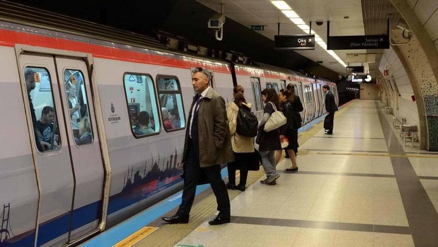 İzmir'de metroda ücretsiz internet hizmeti başladı