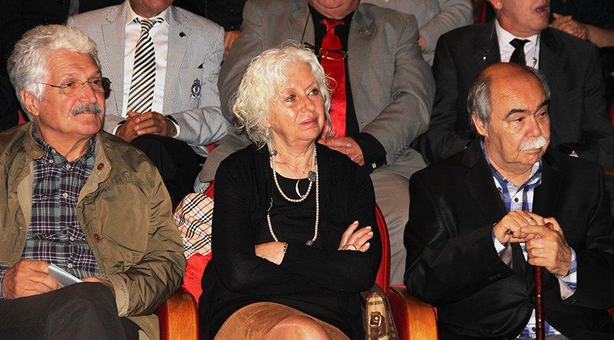 Ünlü oyuncu Salih Kalyon'un eşi İnci Kalyon hayatını kaybetti!
