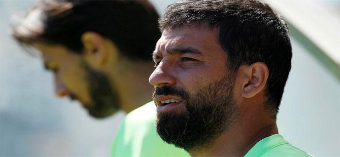 'Şenol Güneş transfere onay verdi, Beşiktaş yönetimi Arda Turan ile görüşmeye başladı'