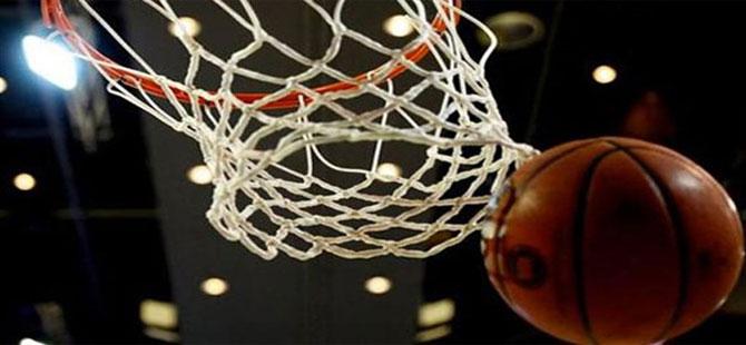 NBA'de son şampiyon Golden State, Thunder galibiyetiyle başladı