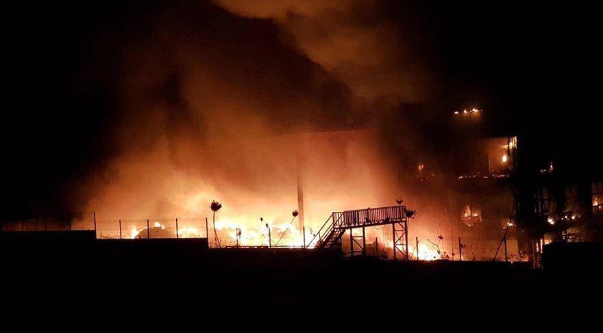 Bursa'da büyük yangın! Alevler fabrikayı sardı