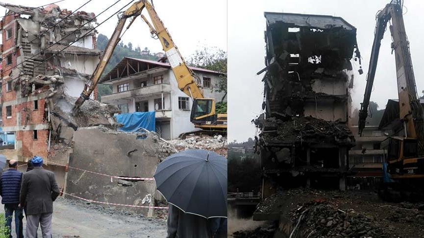 Rize'deki o ev üçüncü gününde 'püf diye yıkıldı'