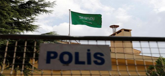Suudi Arabistan Konsolosluğundan çekiciyle bir araç çıkarıldı