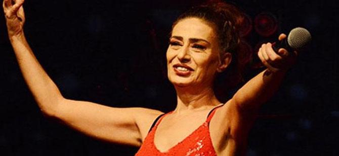 Aşı karşıtı Yıldız Tilbe'nin Kıbrıs'ta vereceği konser iptal edildi