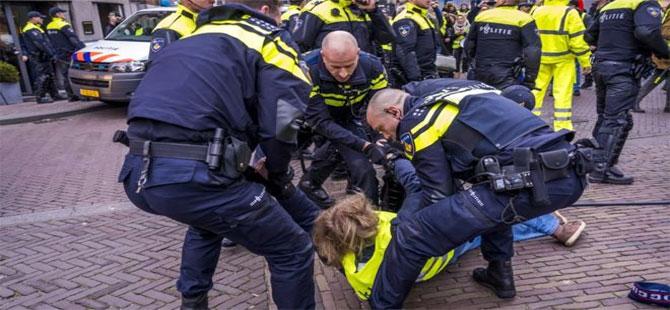 Paris'te 9. hafta: Polise taş atan Sarı Yelekler'e müdahale, 53 gözaltı