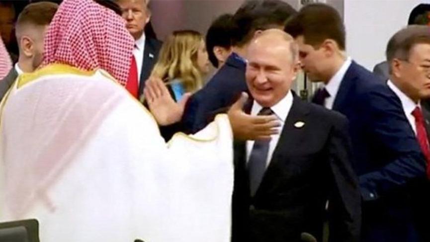 Kremlin'den çok konuşulan selamlaşma hakkında açıklama