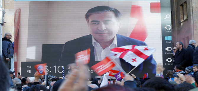 Saakaşvili: Bana ihtiyacınız varsa Gürcistan'a dönmeye hazırım