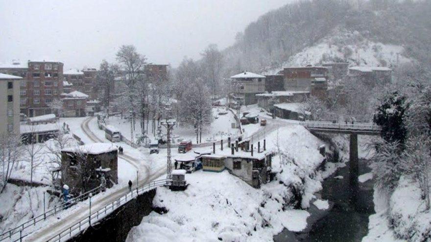Birçok il ve ilçede eğitime kar tatili