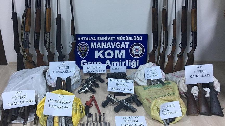 Antalya'da silah kaçakçılığına 1 tutuklama