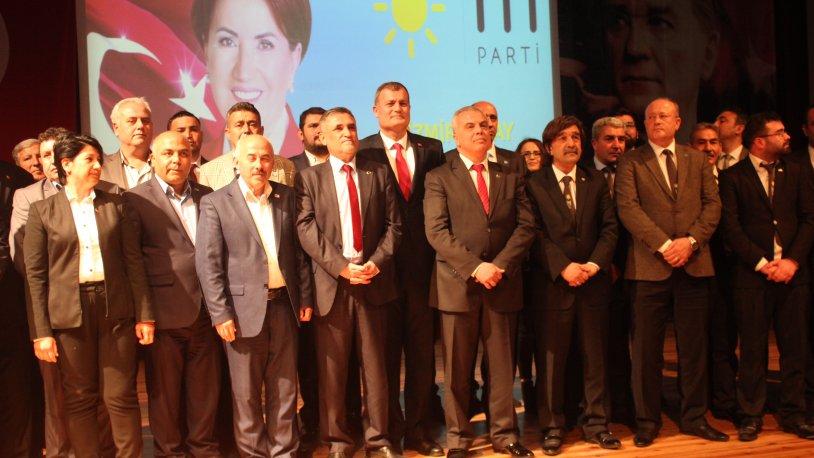 İYİ Parti İzmir, adaylarını tanıttı