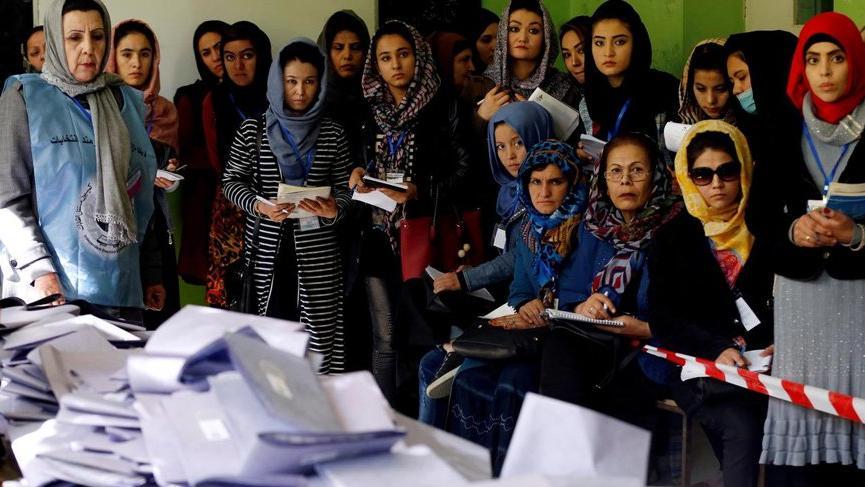 Seçimler ertelendi! Afganlar 28 Eylül'de sandığa gidecek