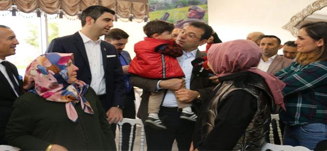 Ekrem İmamoğlu ve Gökhan Yüksel Kartal'da vatandaşlarla buluştular
