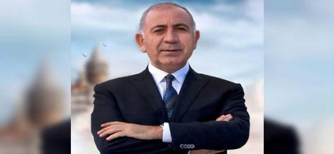 Gürsel Tekin saha çalışmalarına İstanbul'da devam ediyor