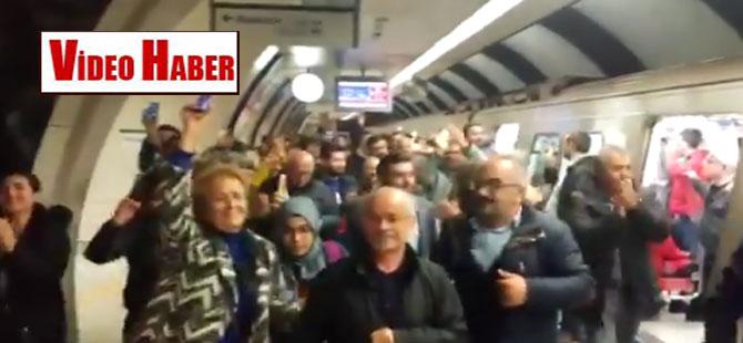 Marmaray 'İmamoğlu geliyor' sloganıyla inledi!