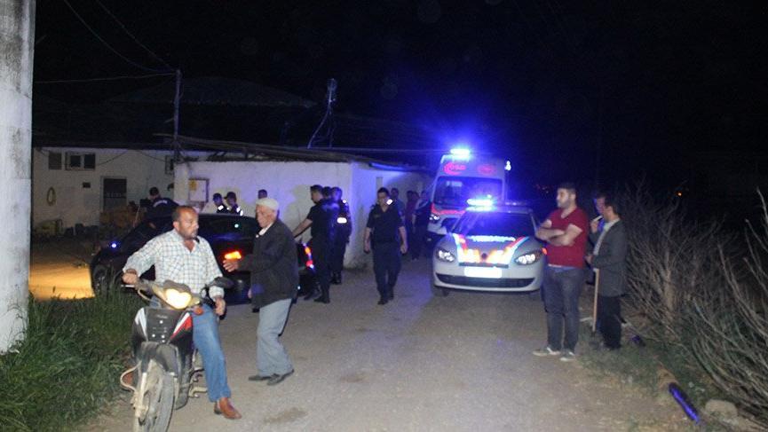 İzmir'de cinnet getiren bir kişi dehşet saçtı: 2 ölü 1 ağır yaralı