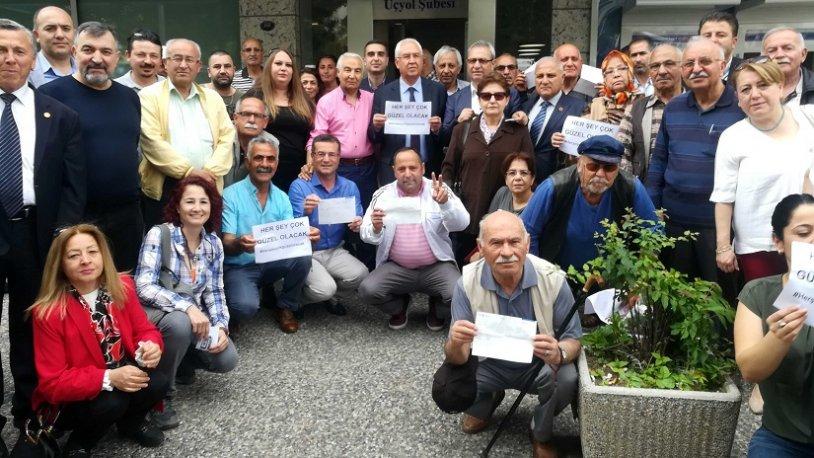 CHP Karabağlar'dan Ekrem İmamoğlu'na destek
