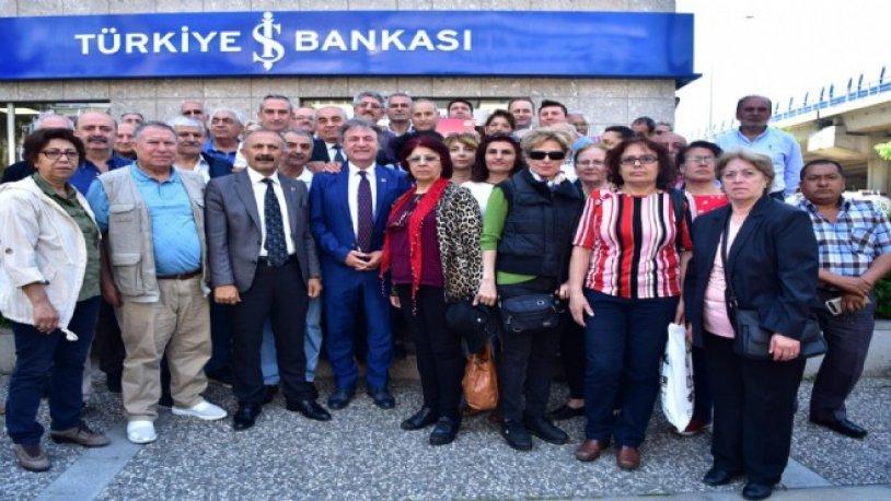 Ekrem İmamoğlu'na CHP Bornova'dan tam destek