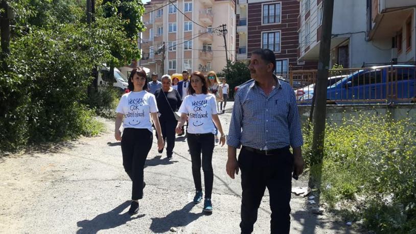 CHP'den evlere 'Ekrem İmamoğlu' ziyareti