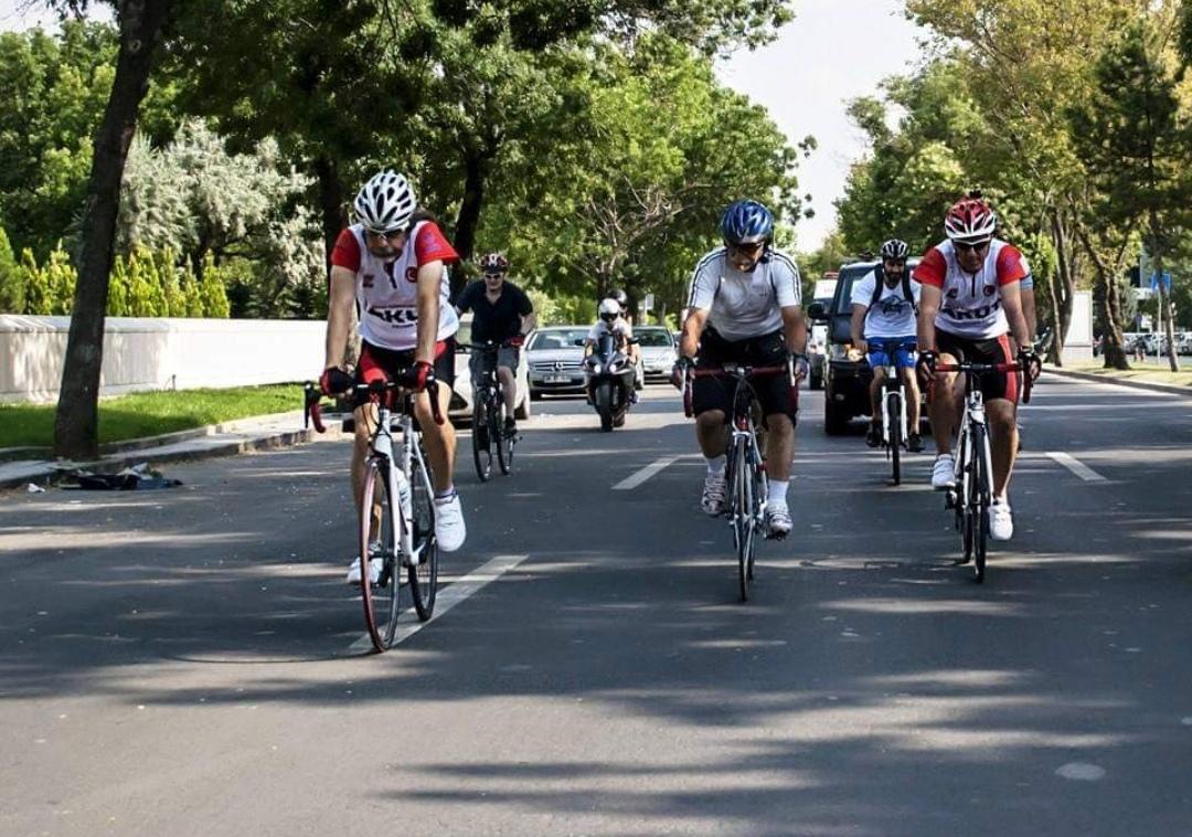 AKUT Sporcuları Milli Mücadele'nin 100. Yılında Bisiklet Turunda