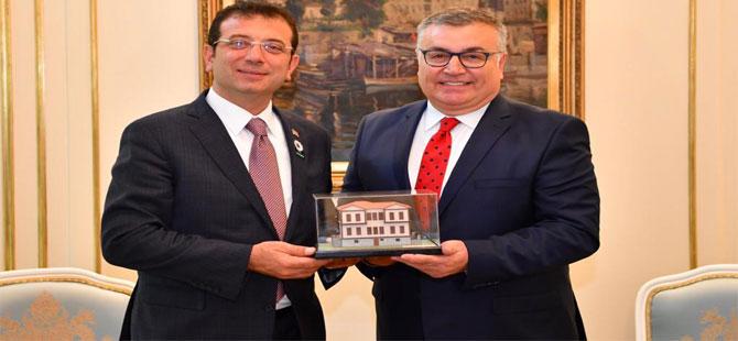 Kırklareli Belediye Başkanı Mehmet Siyam Kesimoğlu, İmamoğlu'nu ziyaret etti