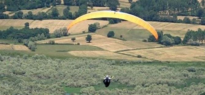 AKP'li Belediyeye aldırdığı paraşütleri turistlere kiralıyormuş