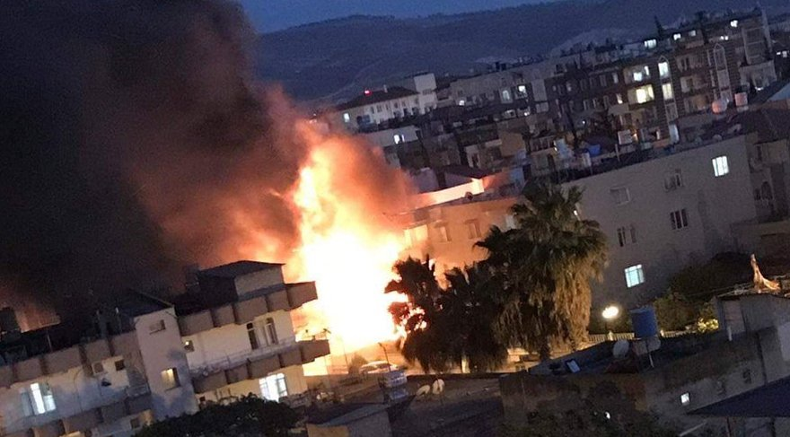 Hatay'ın Reyhanlı ilçesinde şiddetli patlama!