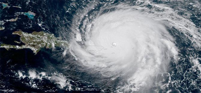 Dorian Kasırgası şiddetleniyor: Florida'da acil durum ilan edildi