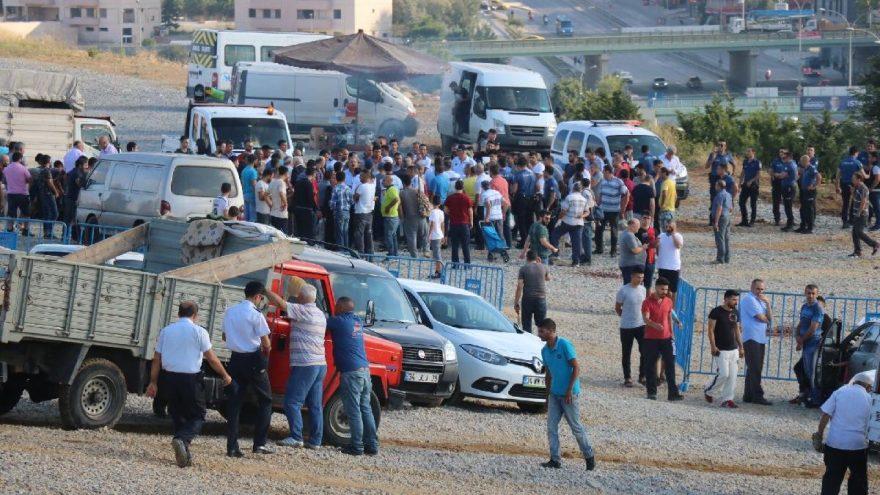 İstanbul'da kurban pazarında kesim gerginliği