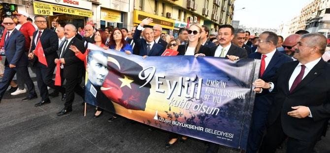 9 Eylül coşkusu 'Zafer Yürüyüşü' ile başladı!