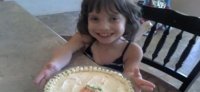 ABD'li çiftin 7 yaşında evlat edindiği 'kızın' aslında 30 yaşında olduğu anlaşıldı