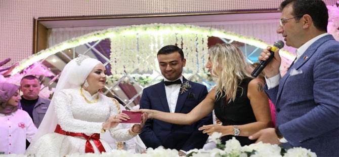 İmamoğlu, iBB seçimi için evlenmeyi erteleyen çiftin düğününde horon tepti