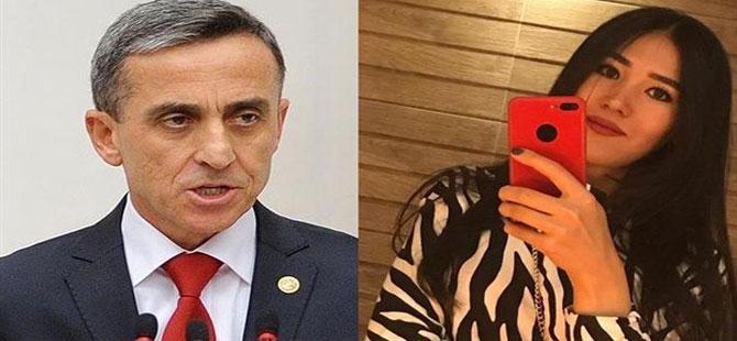 Yüzlerce Twitter kullanıcısı, AKP'li Şirin Ünal'ın Ayasofya paylaşımının altında 'Nadira'ya ne oldu?' diye sordu