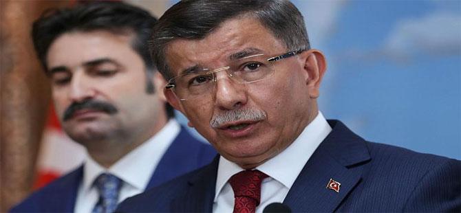 Davutoğlu: Erdoğan ve ekibi Türkiye'ye operasyon yaptı