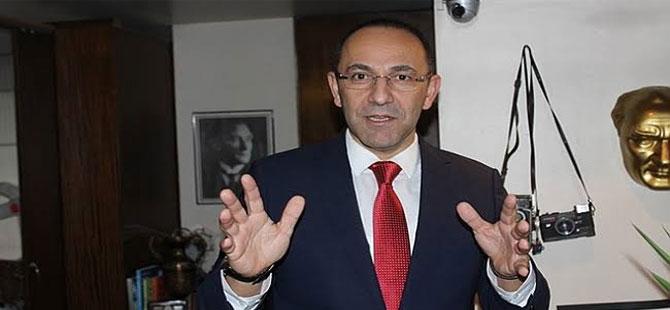 'Tutuklanan Başkan hakkındaki FETÖ iddiasını Deniz Yücel biliyordu'