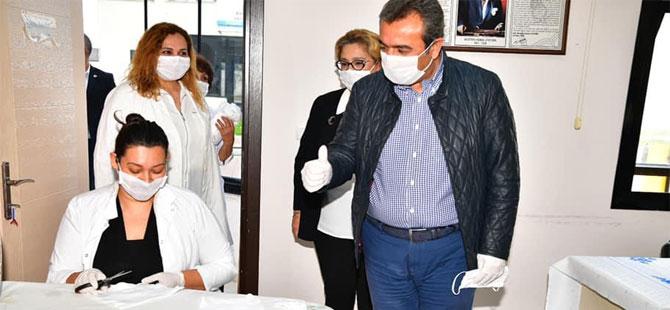 Çukurova Belediyesi'nden ücretsiz maske dağıtımı
