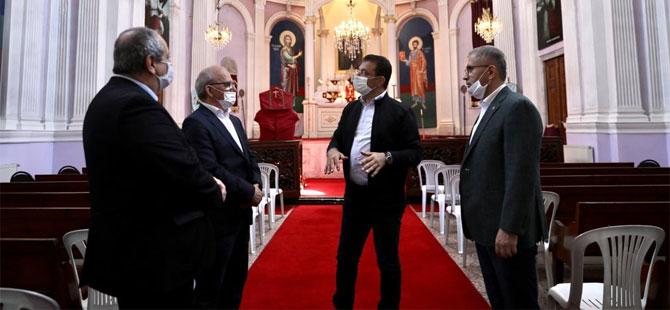 İmamoğlu, haçı koparılan kiliseyi ziyaret etti!
