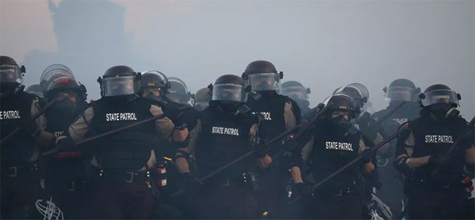 ABD'de şok: Polisler istifa etmeye başladı