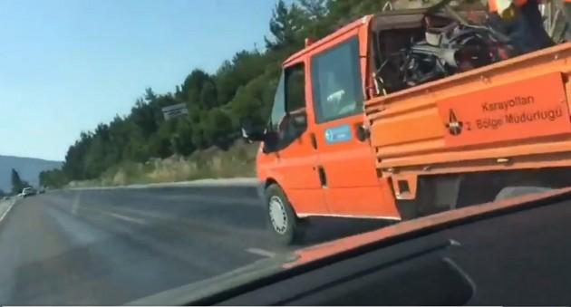 asfalta kum dökme foto videodan alınan 3
