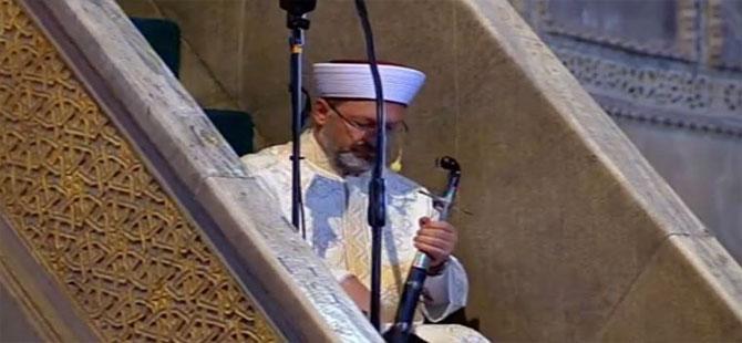Ali Erbaş'ın tartışmalara neden kılıcı bayram namazında da ortaya çıktı