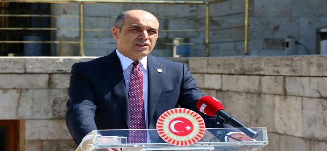 CHP'li Şahin: Sağlık çalışanlarına bayram öncesi bir maaş ikramiye verilsin!